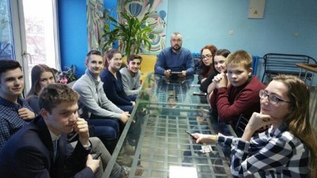 Депутат Совета Депутатов г.о. Серпухов Николай Николаевич Пушкин встретился с активистами из Молодежного парламента